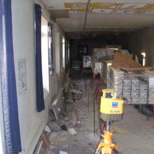 Injicering under trange vilkår og med andre renoveringsarbejder igang