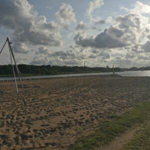 Danmarks længste svævebane på 500 meter fra silo til strand