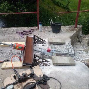 Træktest af skrå pæl ved brokonstruktion